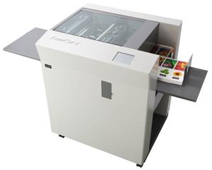 AeroCut Quatro - Professional Card Cutter and Creaser